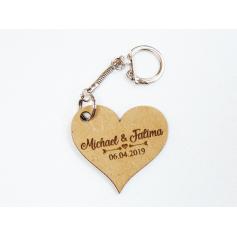 Porte clés avec prénoms gravure bois mariage
