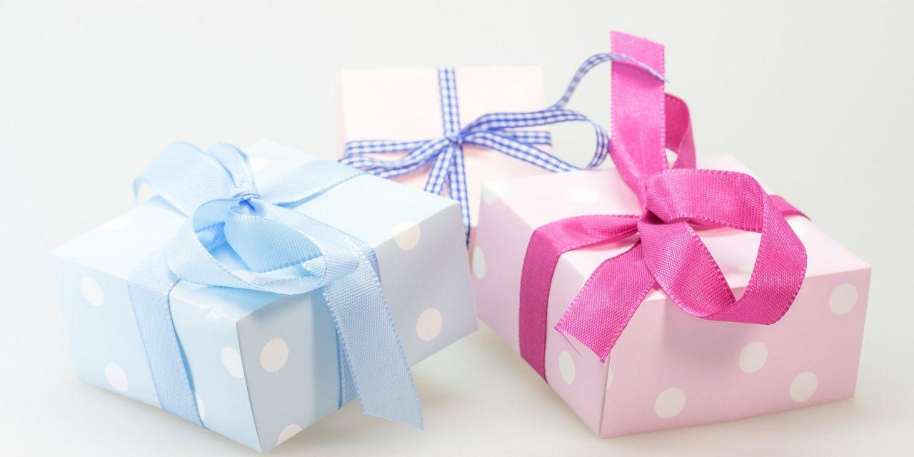 Délais de livraison des cadeaux personnalisés chez Imaginaire Déco
